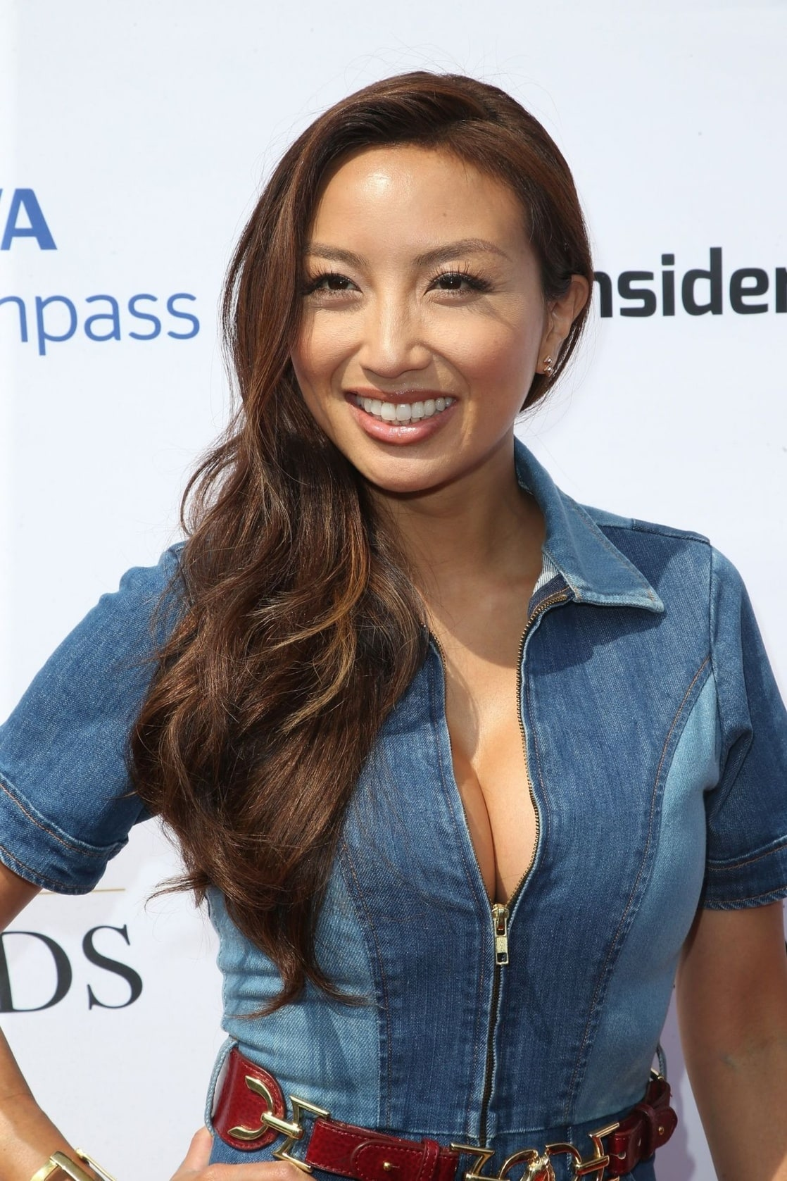 Jeannie Mai Nude Photos 20