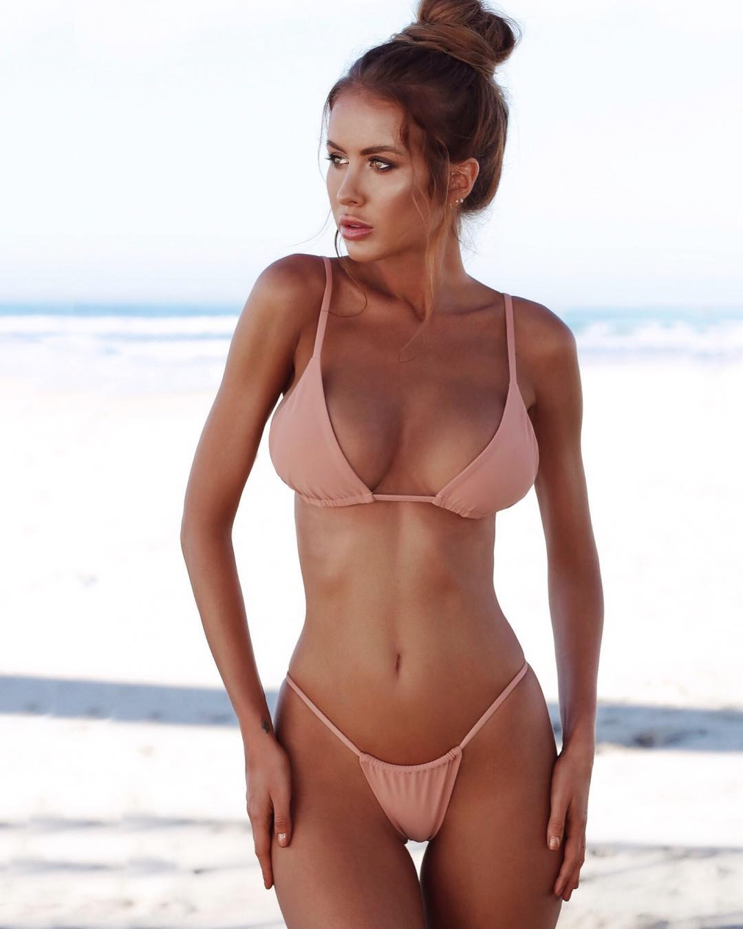 2019 Renee Somerfield nude (91 foto and video), Sexy, Cleavage, Selfie, bra 2006