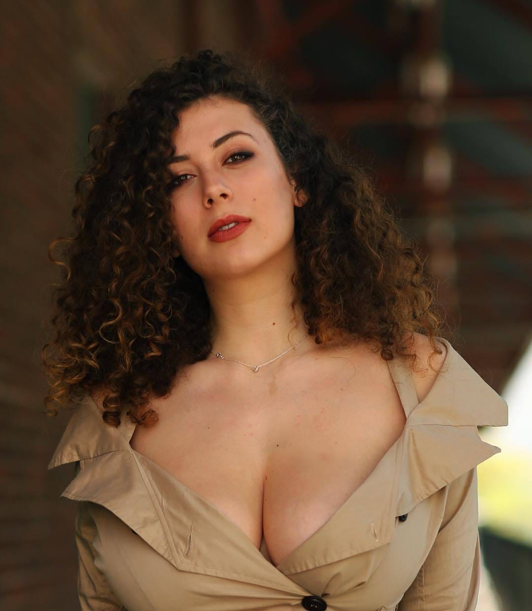 Images Leila Lowfire naked (78 photo), Topless, Hot, Instagram, braless 2020