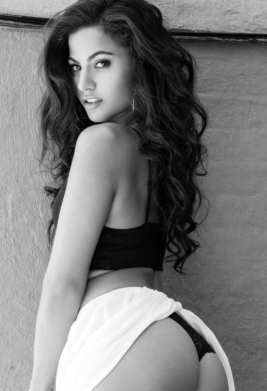 Monica Alvarez Nude Photos 100