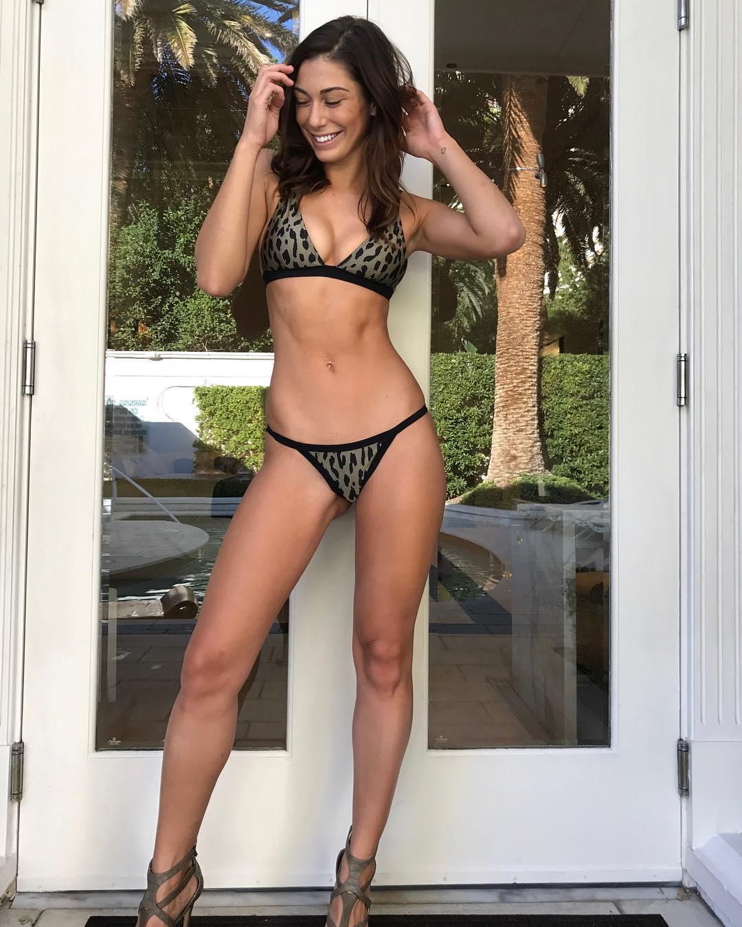 Hot Sydney Ladd naked (69 photos), Topless, Paparazzi, Selfie, in bikini 2006