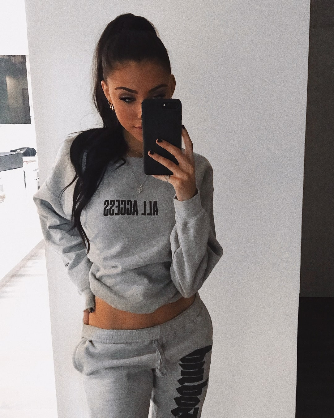 Selfie Madison Beer nudes (53 photo), Ass, Leaked, Twitter, butt 2017