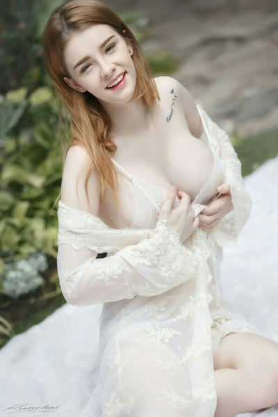 Picture Of Jessie Vard-9779