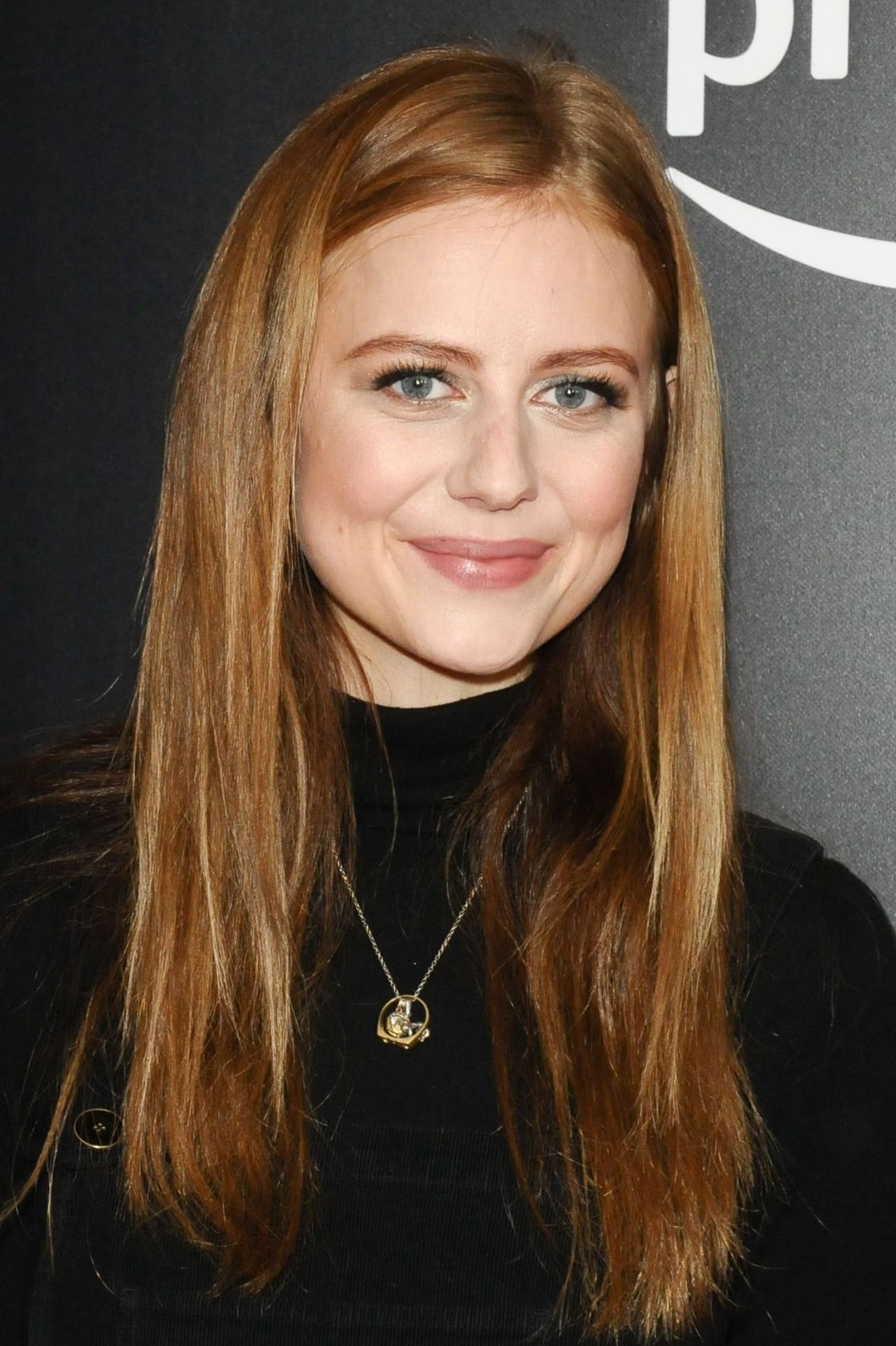 Justine Lupe Justine Lupe new picture