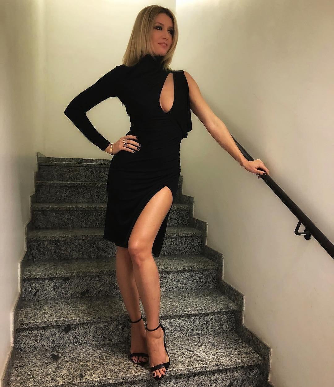 Elena Barolo Nude Photos 50