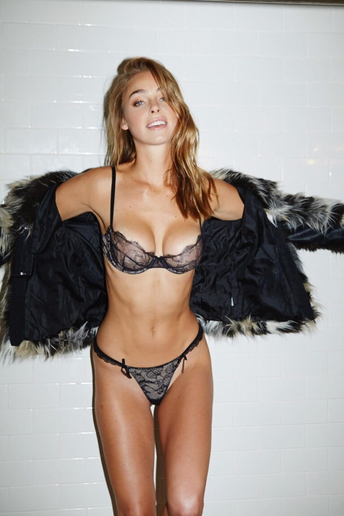 Hot Elizabeth Turner nude photos 2019