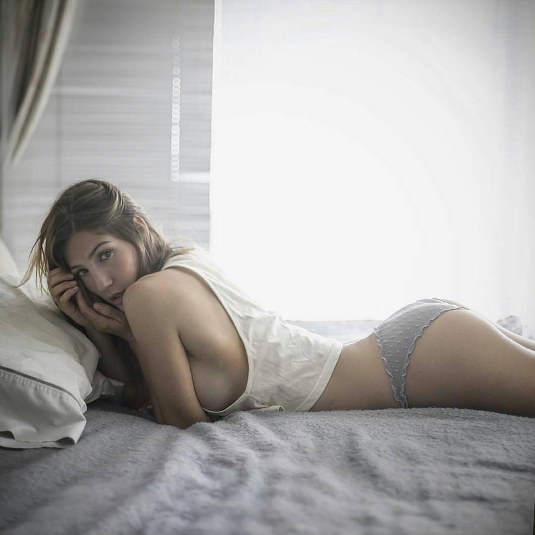 Ana Lucia Blaksley Nude Photos 25
