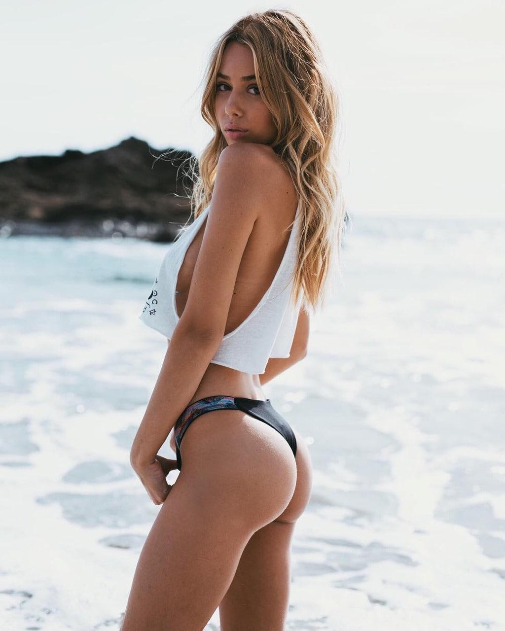 Jenny Cole Nude Photos 73