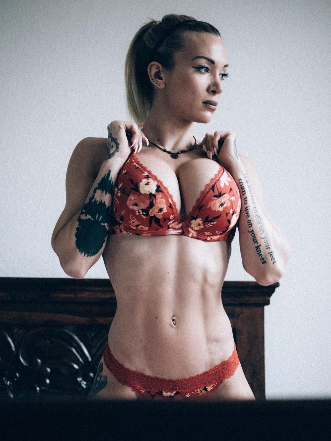 Nackt ritzke Corneliaritzke