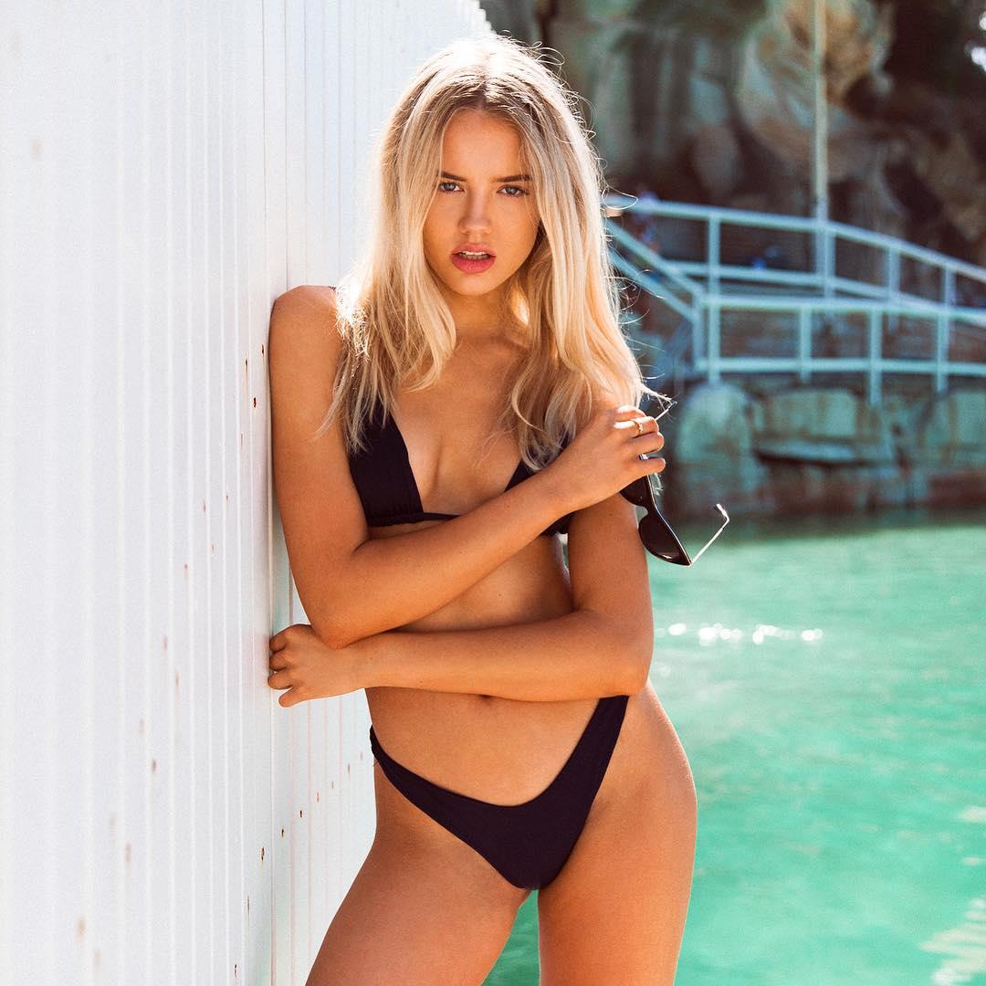 Paparazzi Elly Sharp nude (48 images), Leaked
