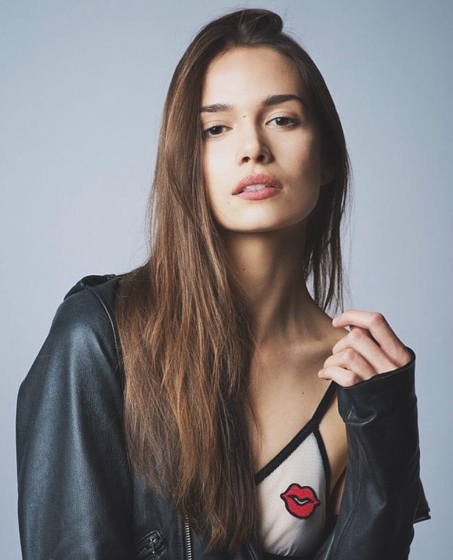 Celebrites Alena Podloznaya nude photos 2019