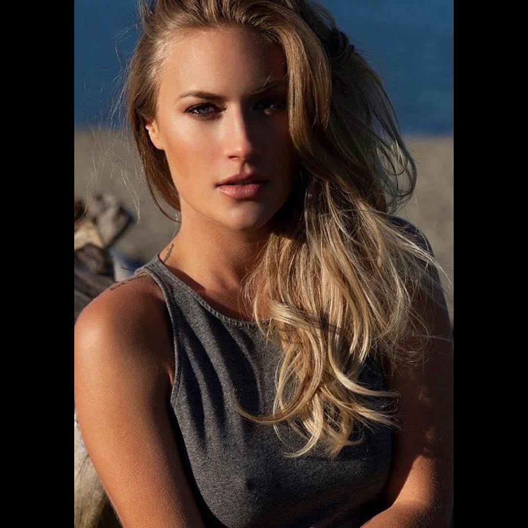 Rebecca Olson Nude Photos 13