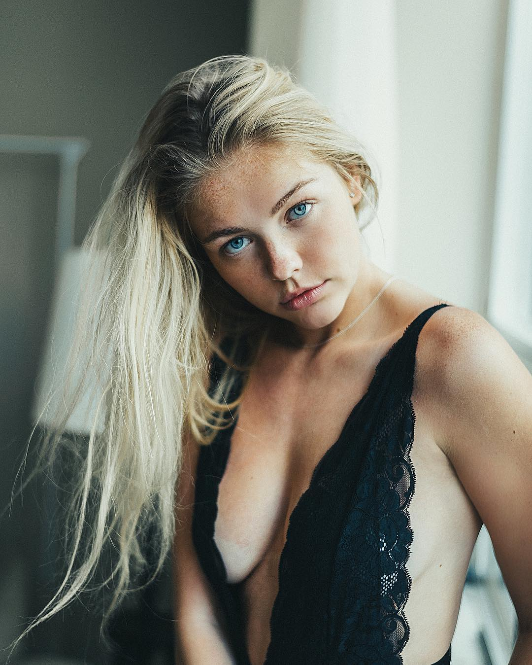 Annika Boron Nude Photos 21