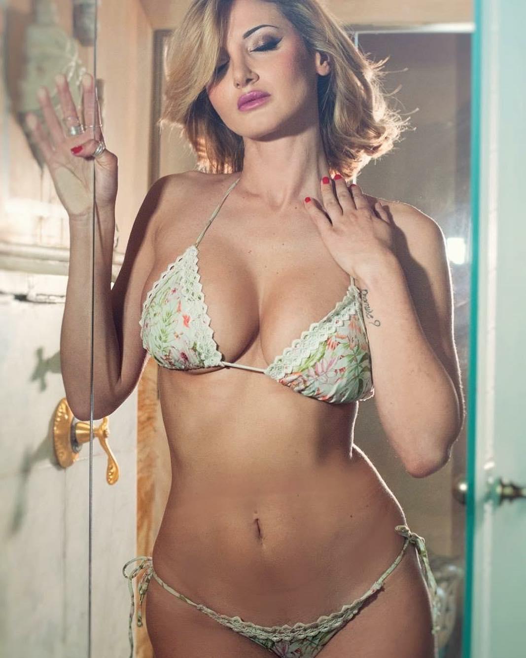 2019 Rosy Maggiulli nude photos 2019