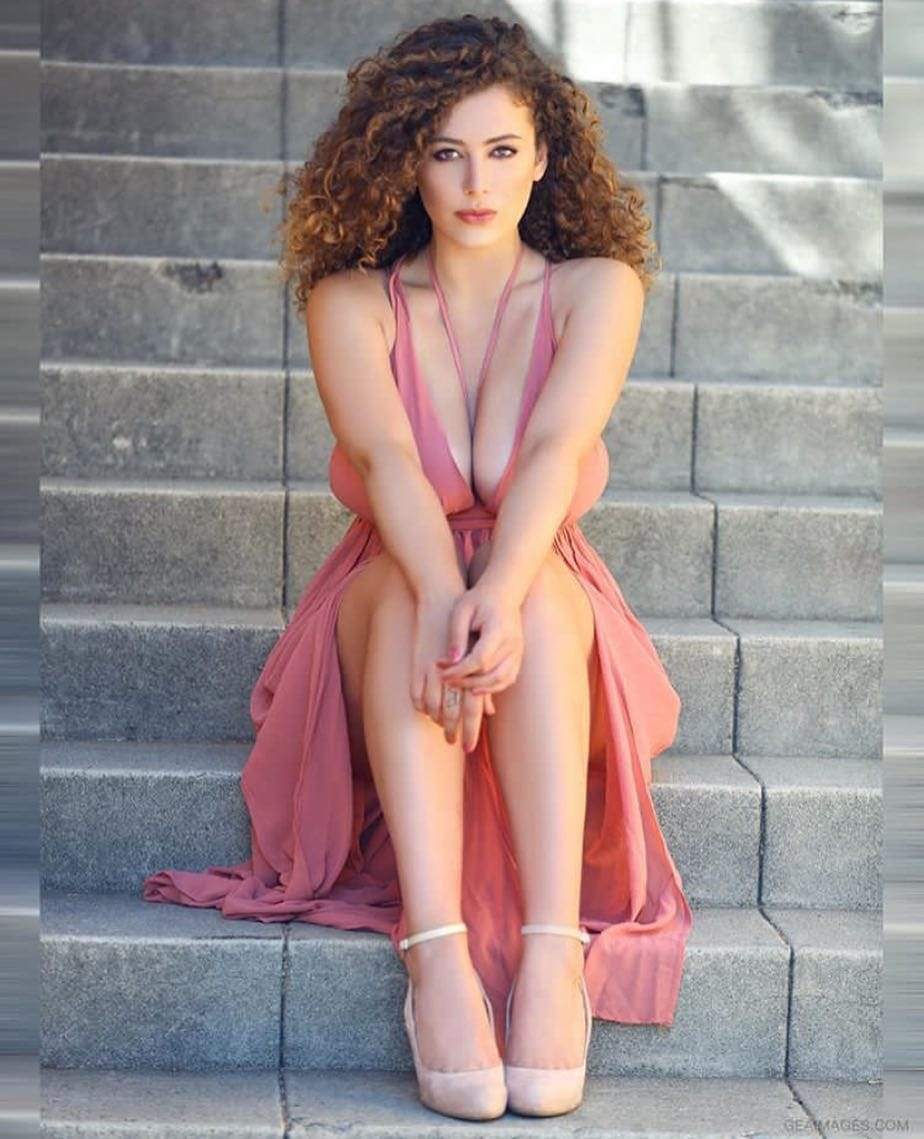 Picture of Leila Lowfire
