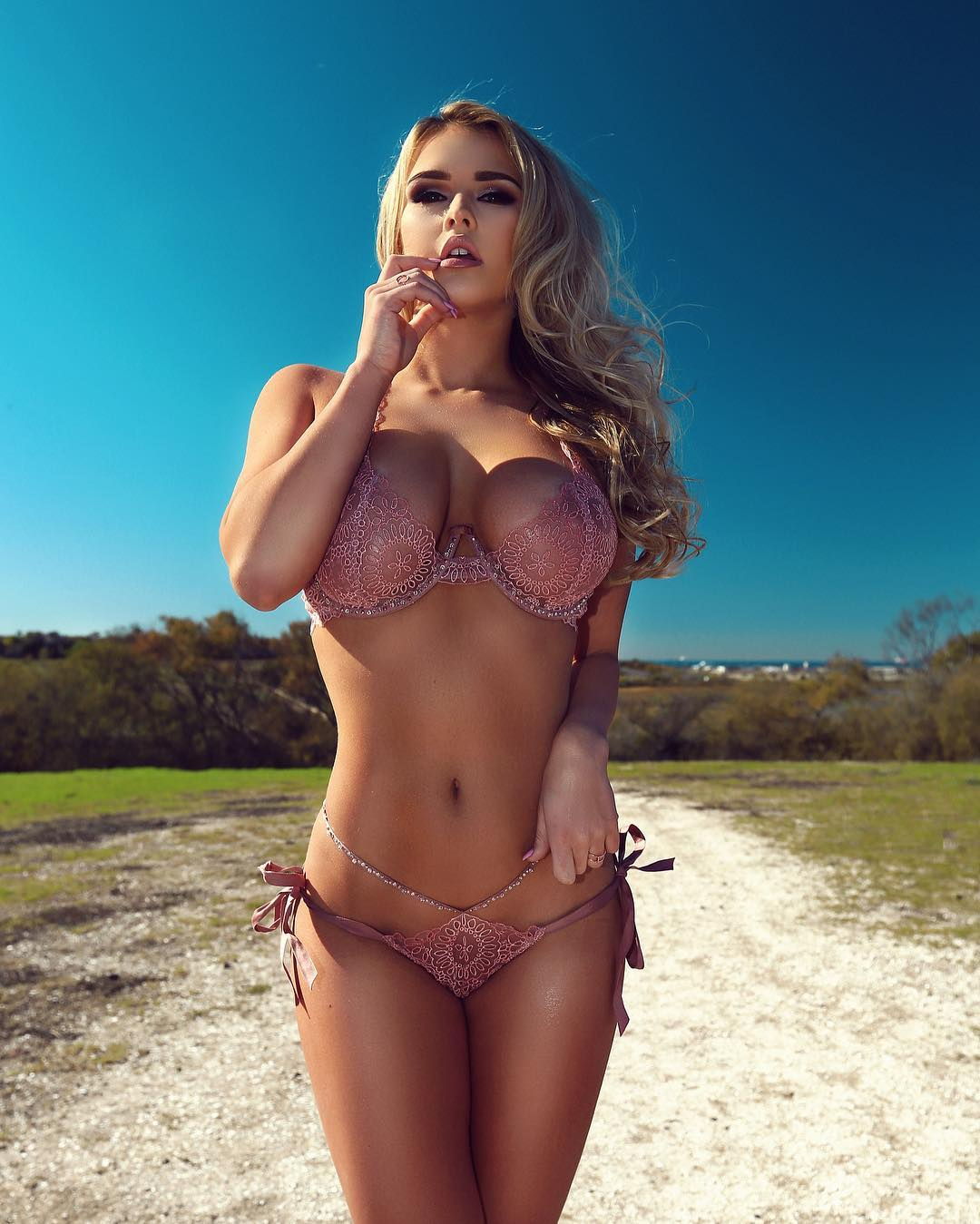 Pics Kinsey Wolanski nude (73 foto and video), Sexy, Fappening, Feet, cameltoe 2018
