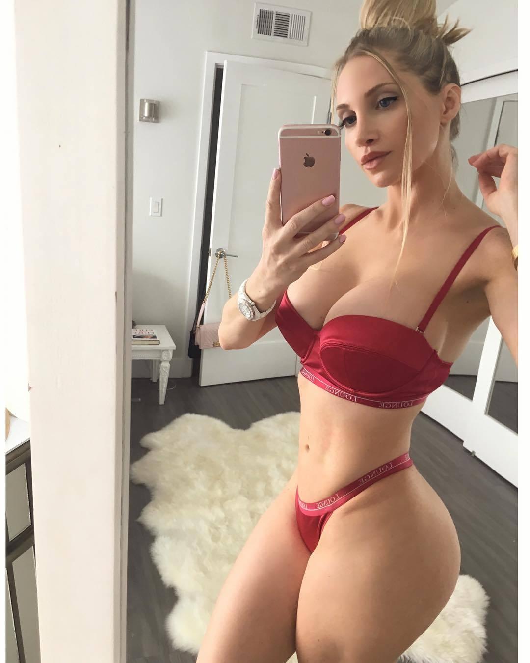 Selfie Amanda Lee nude (54 photos), Pussy, Leaked, Twitter, underwear 2006