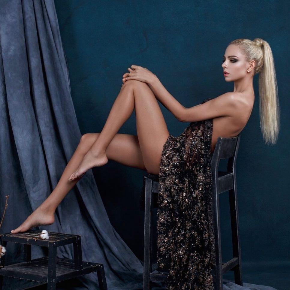 Liza Svistunova photos