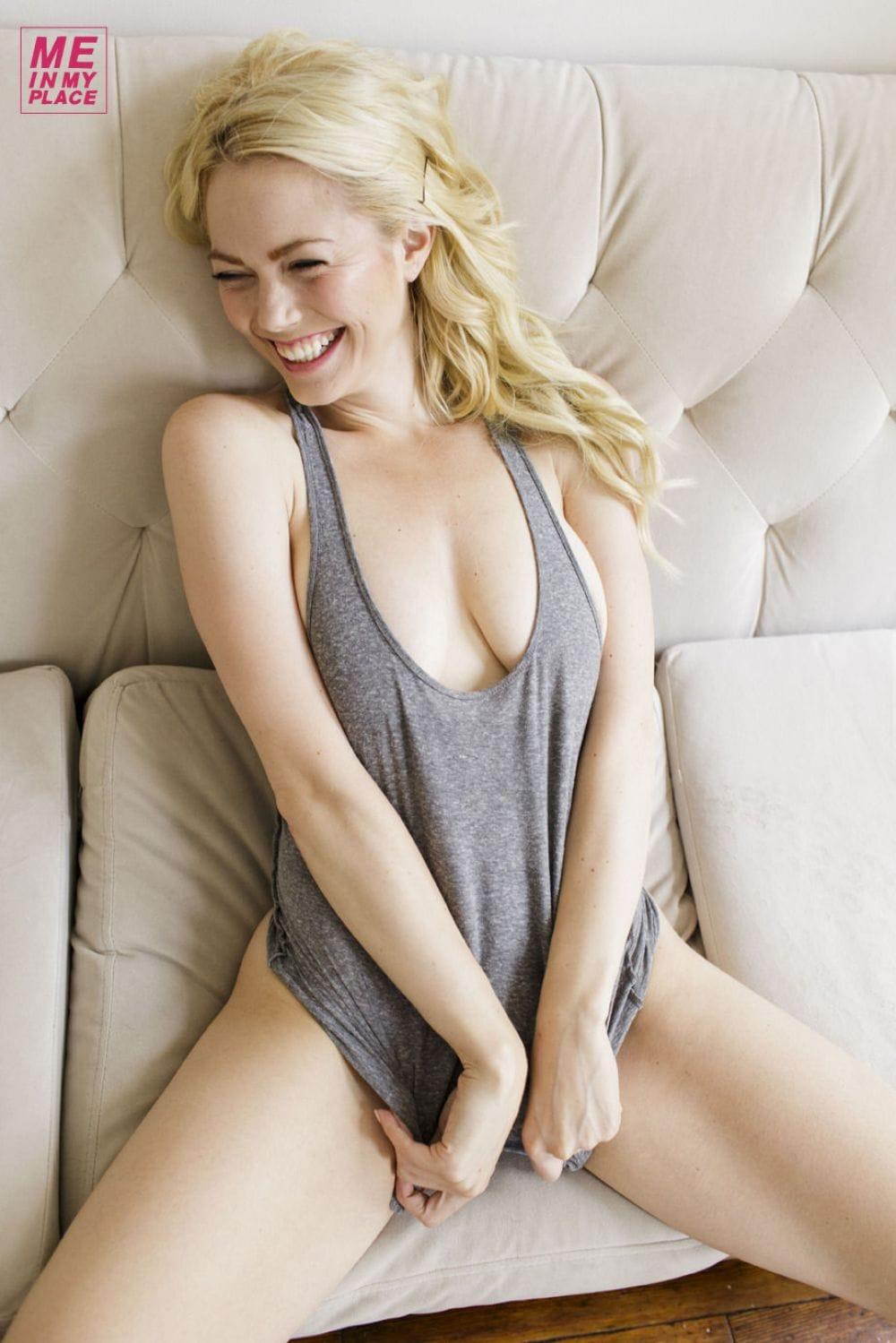 Alissa Bourne Nude Photos 18