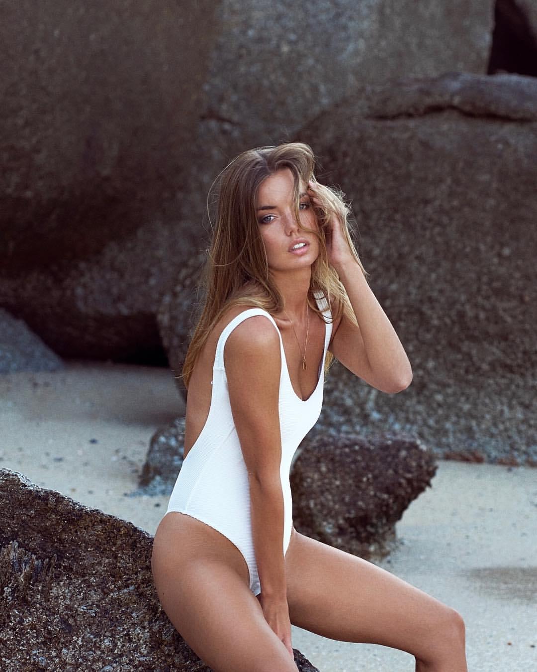 Sophie Reade photos