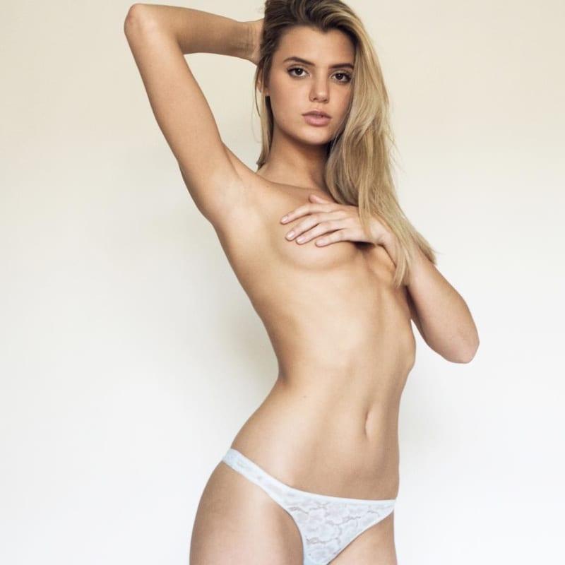 Nude Alissa Violet