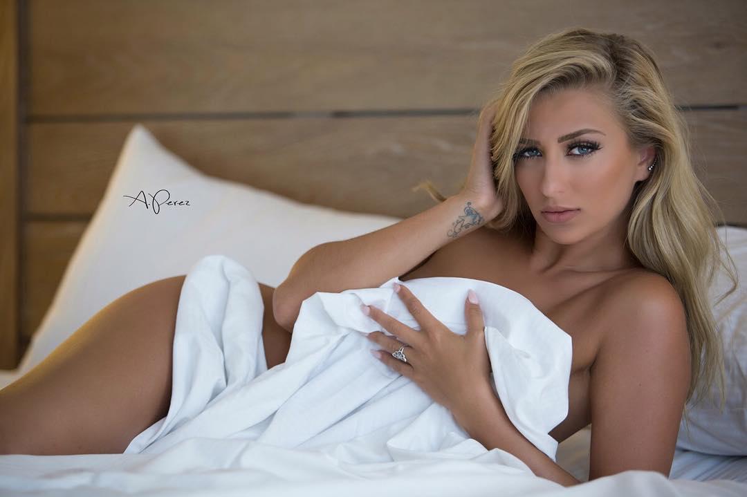 Ashley Fisher (I)