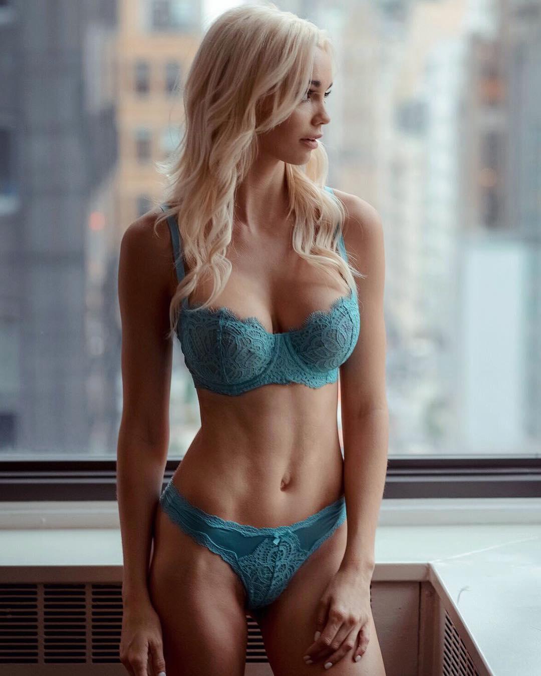 Leaked Caitlin Arnett nudes (58 photo), Pussy, Hot, Instagram, legs 2020