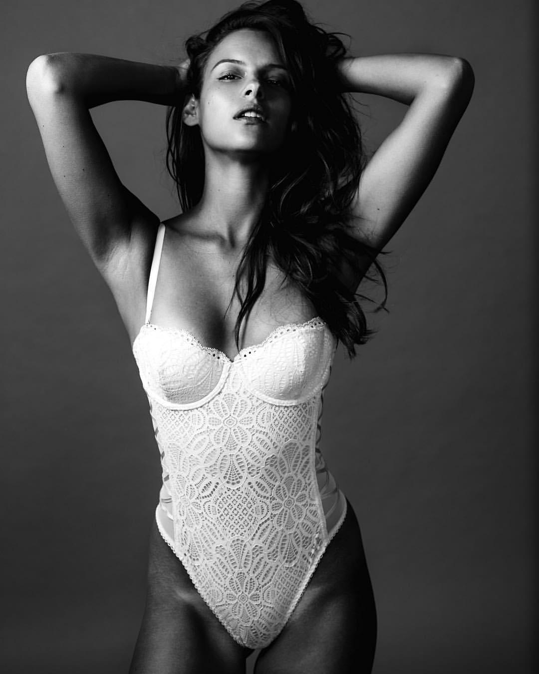 Betty Monroe Nude Photos 40