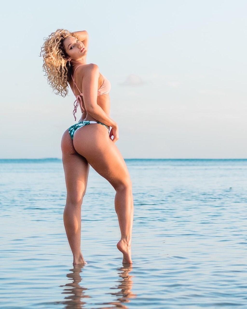 Pussy Bikini Lauren Wood naked photo 2017