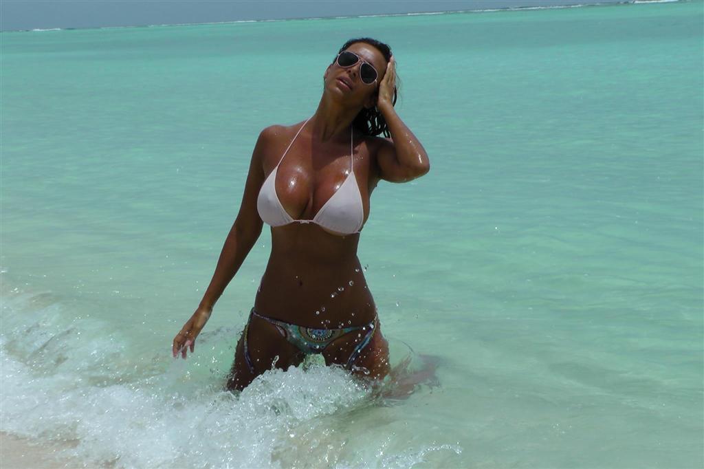 Sara varone white bikini