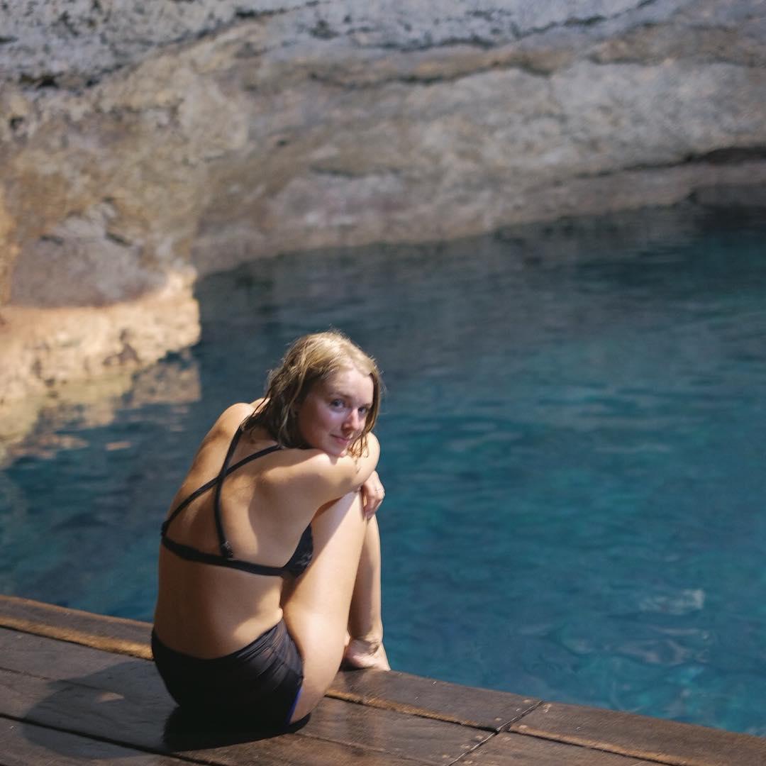 Ellie Gall Nude Photos 37