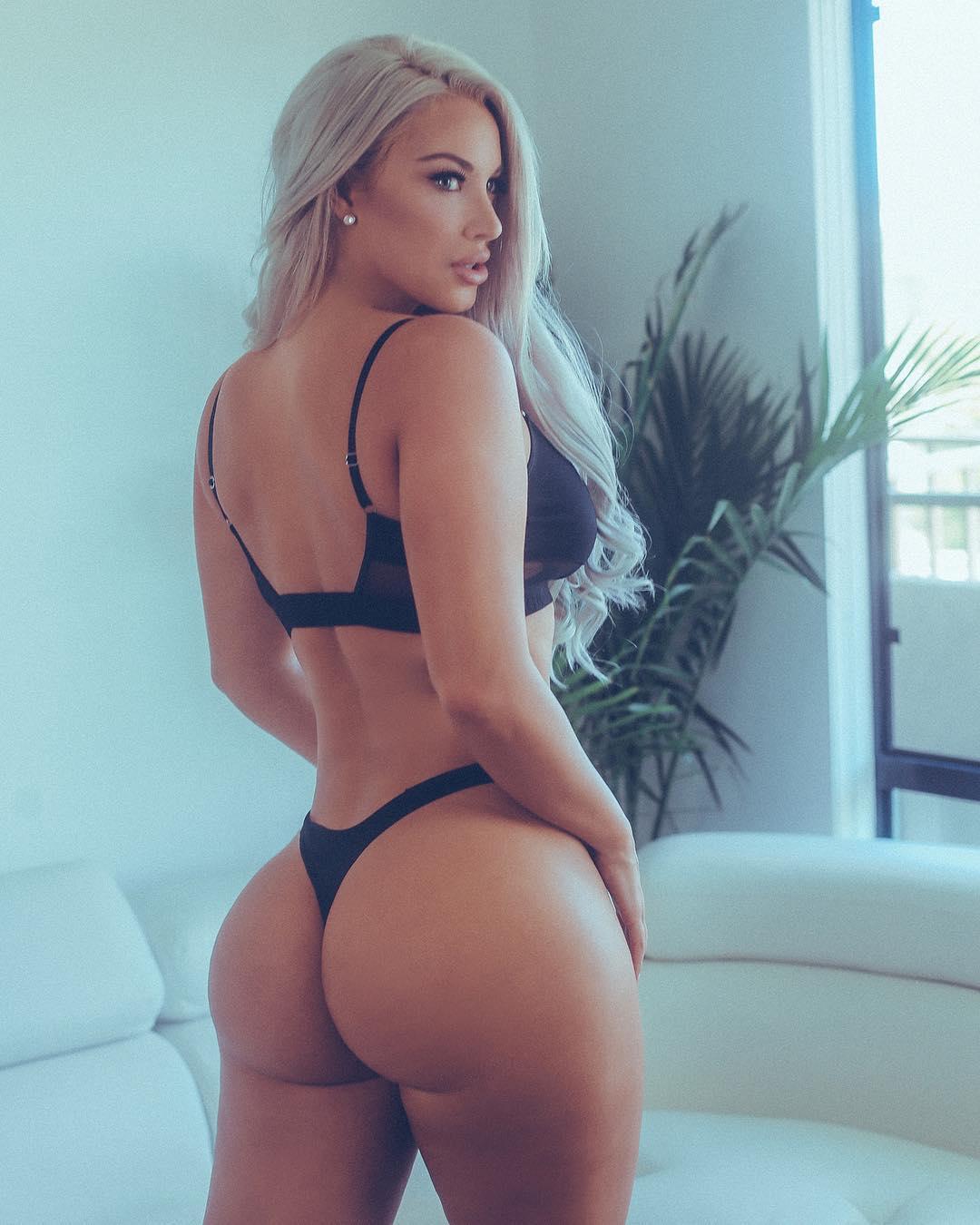 Laci Kay Somers Ass