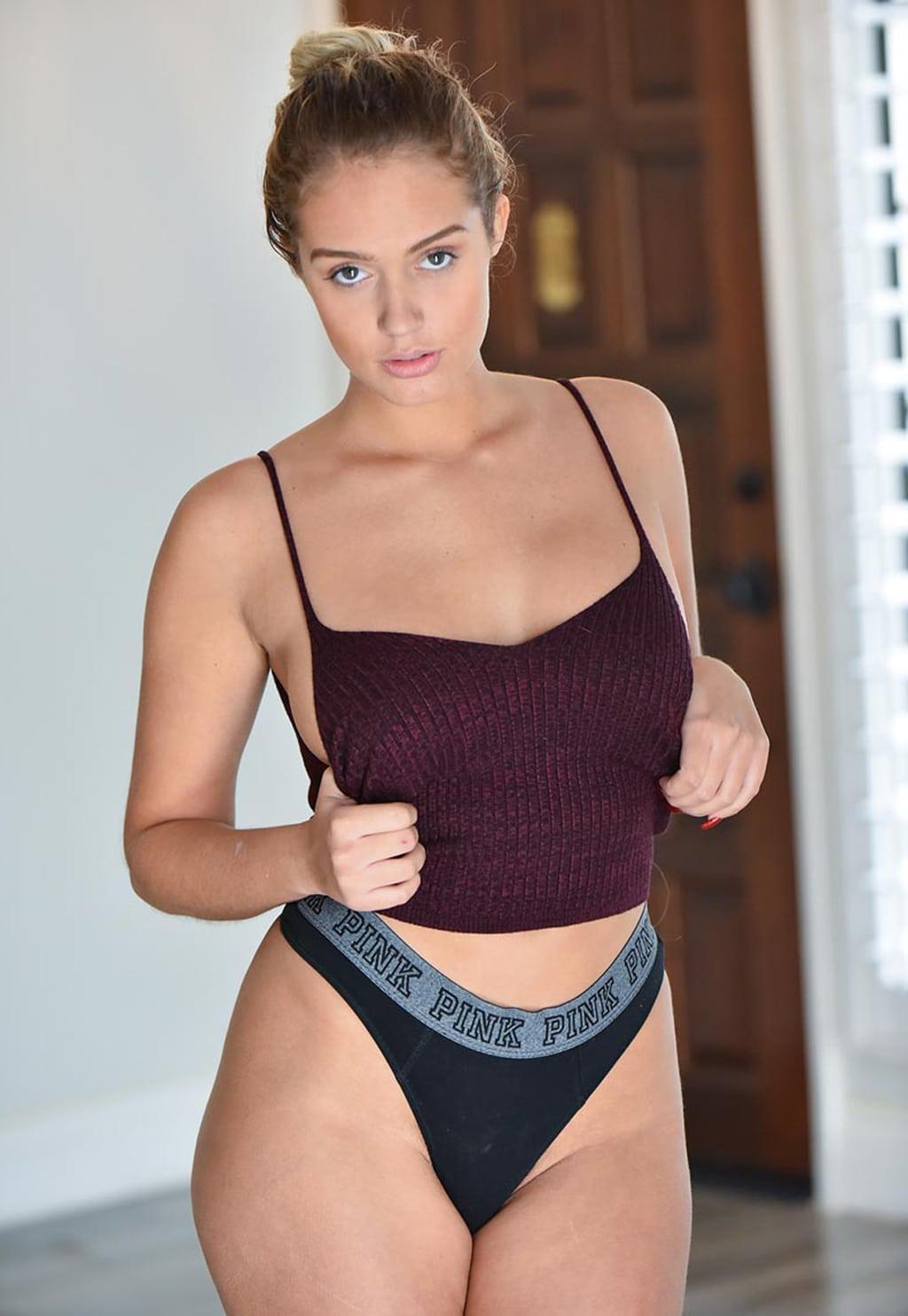 Paparazzi Athena Palomino nude (98 photos), Topless, Sideboobs, Feet, in bikini 2018