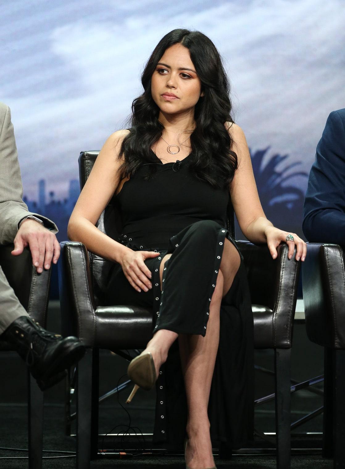 Alyssa Diaz Hot picture of alyssa diaz