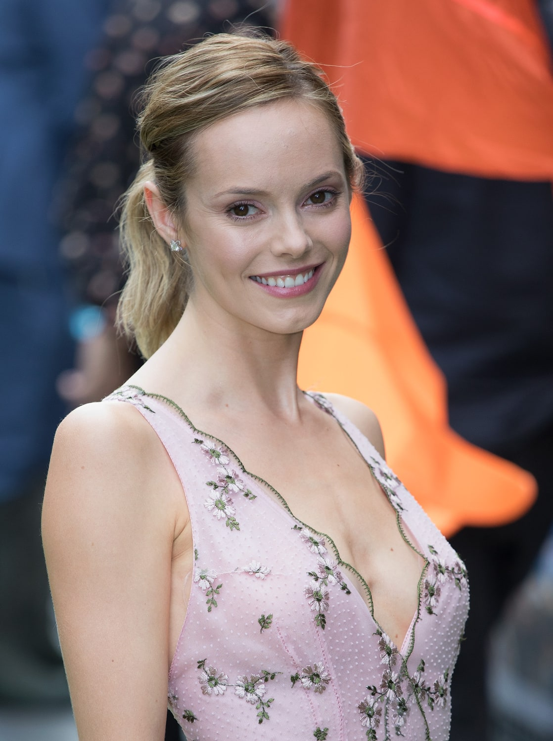 Communication on this topic: Joy Harmon, hannah-tointon-born-1987/