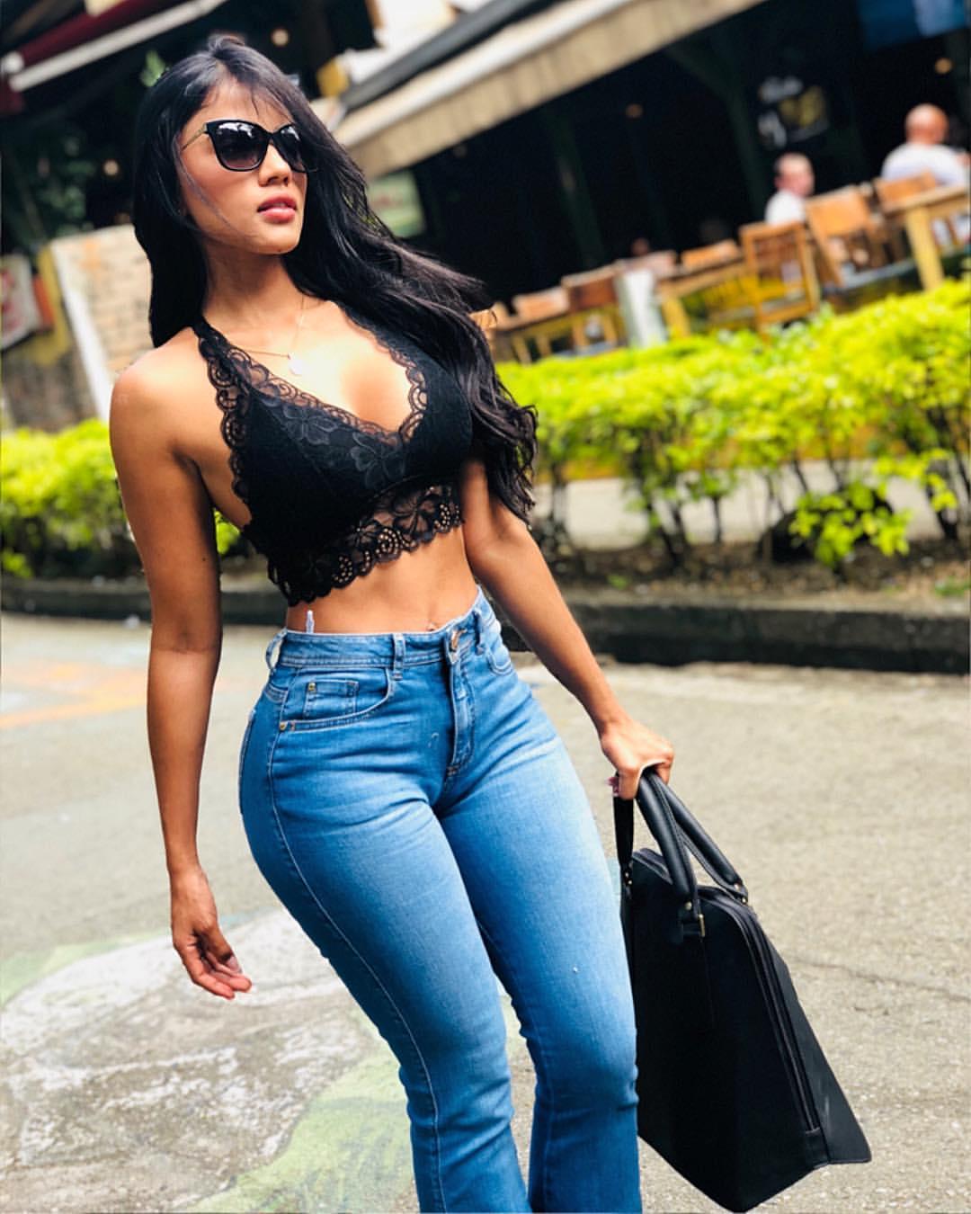 Karina colombia Elda Neyis