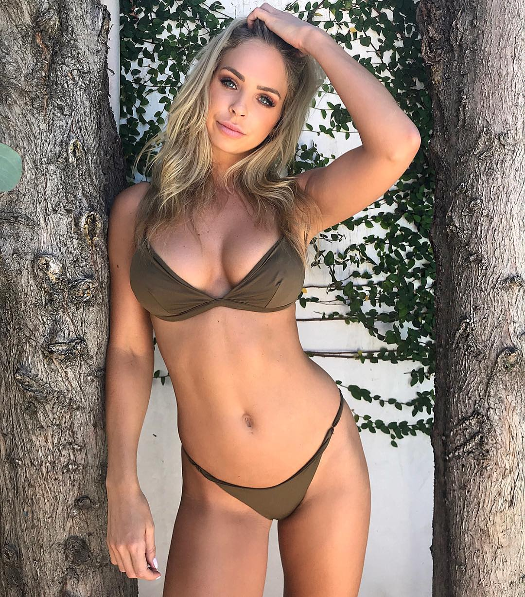 Hacked Casey Costelloe nudes (49 images), Cleavage