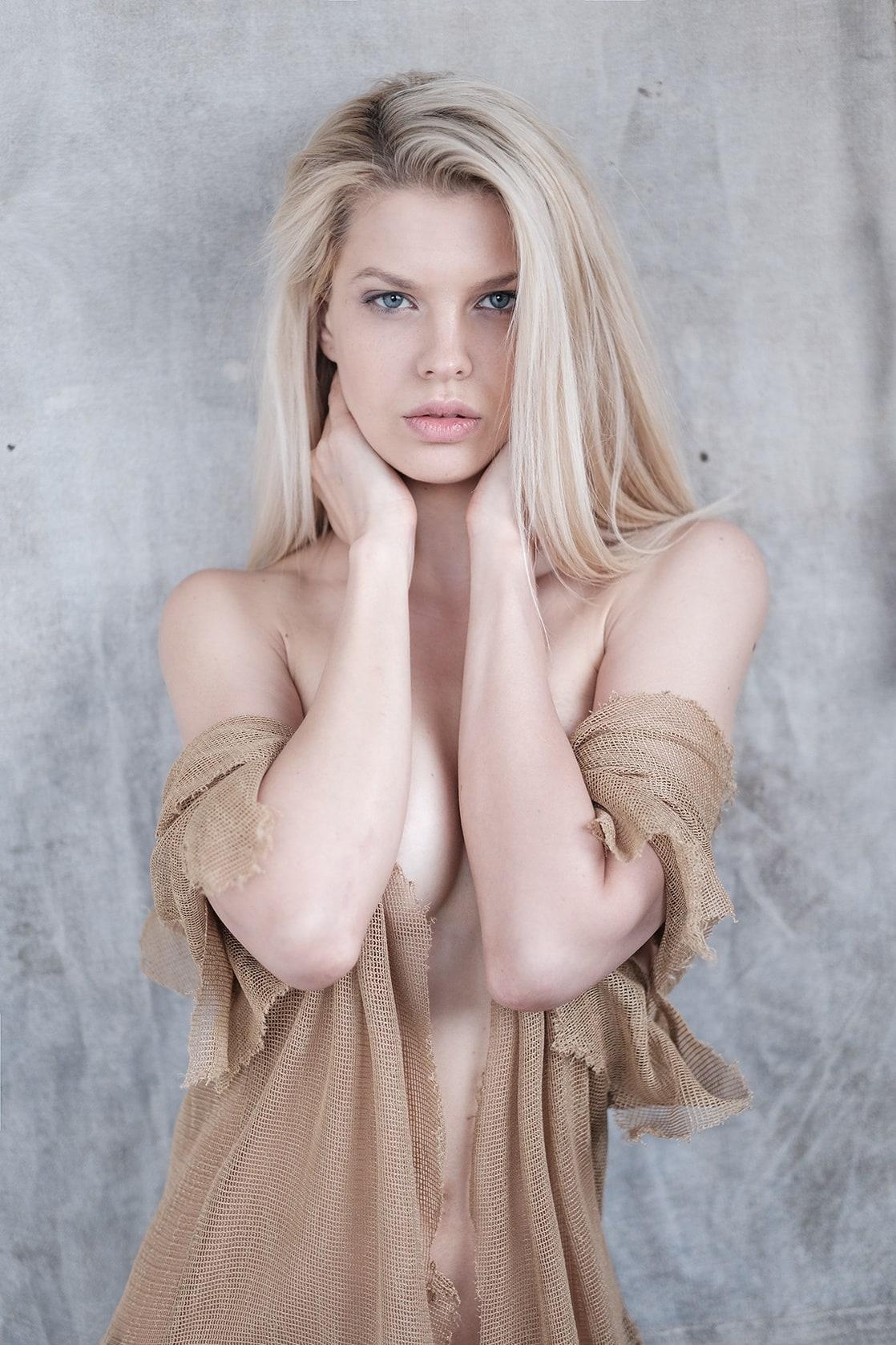 Ass Georgina Hobor  nude (39 images), iCloud, braless