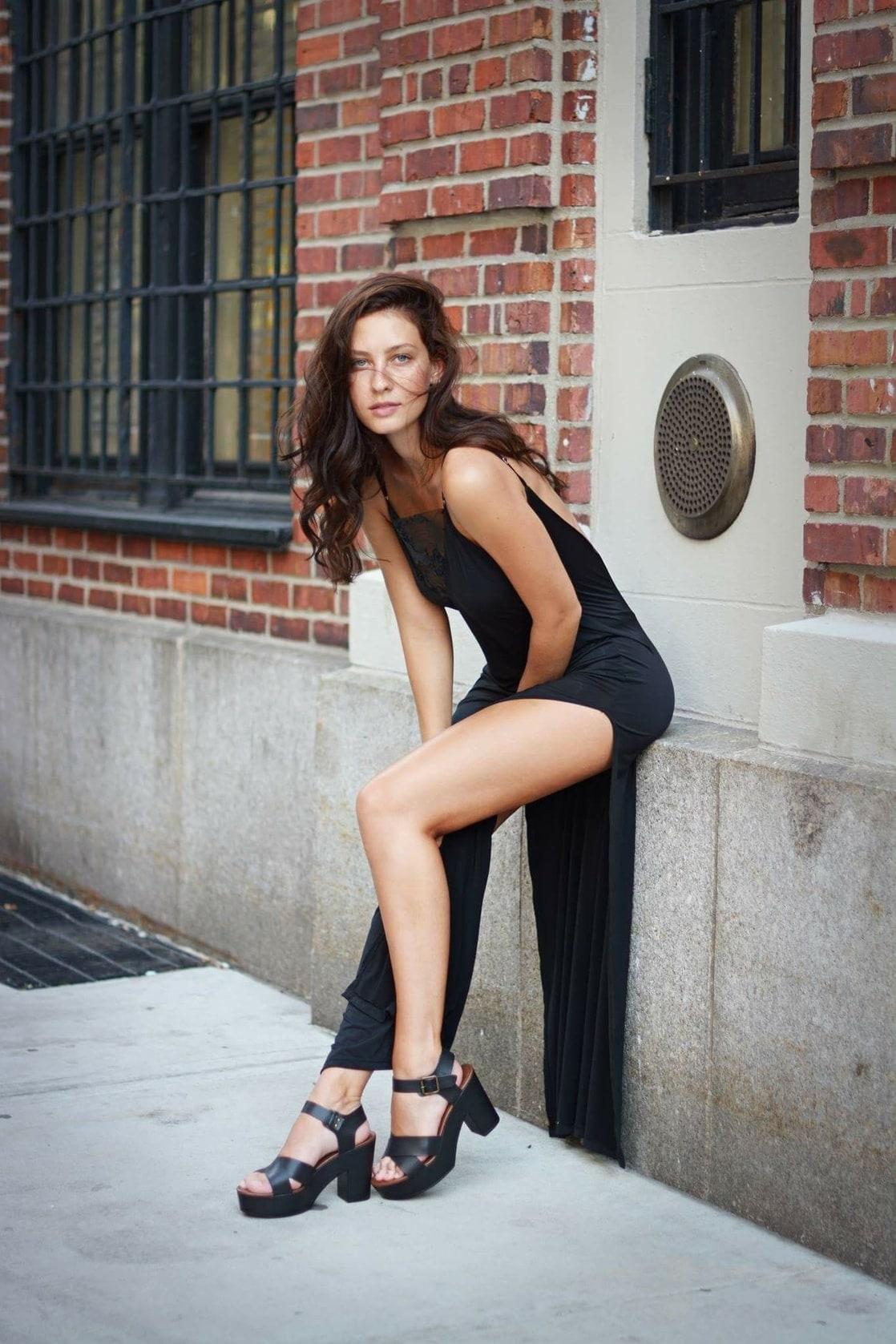 Pics Olivia Norella naked (79 photo), Tits, Cleavage, Boobs, braless 2019