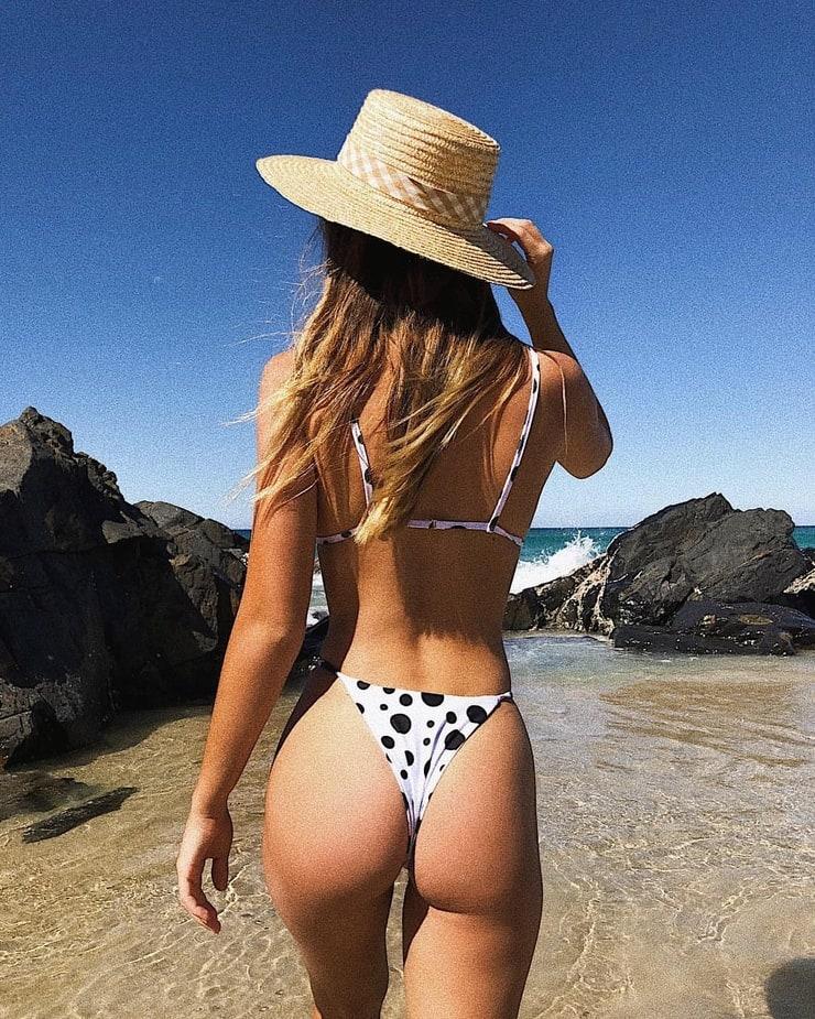 Swimsuit Saskia Jenkins naked (54 photo) Bikini, YouTube, swimsuit