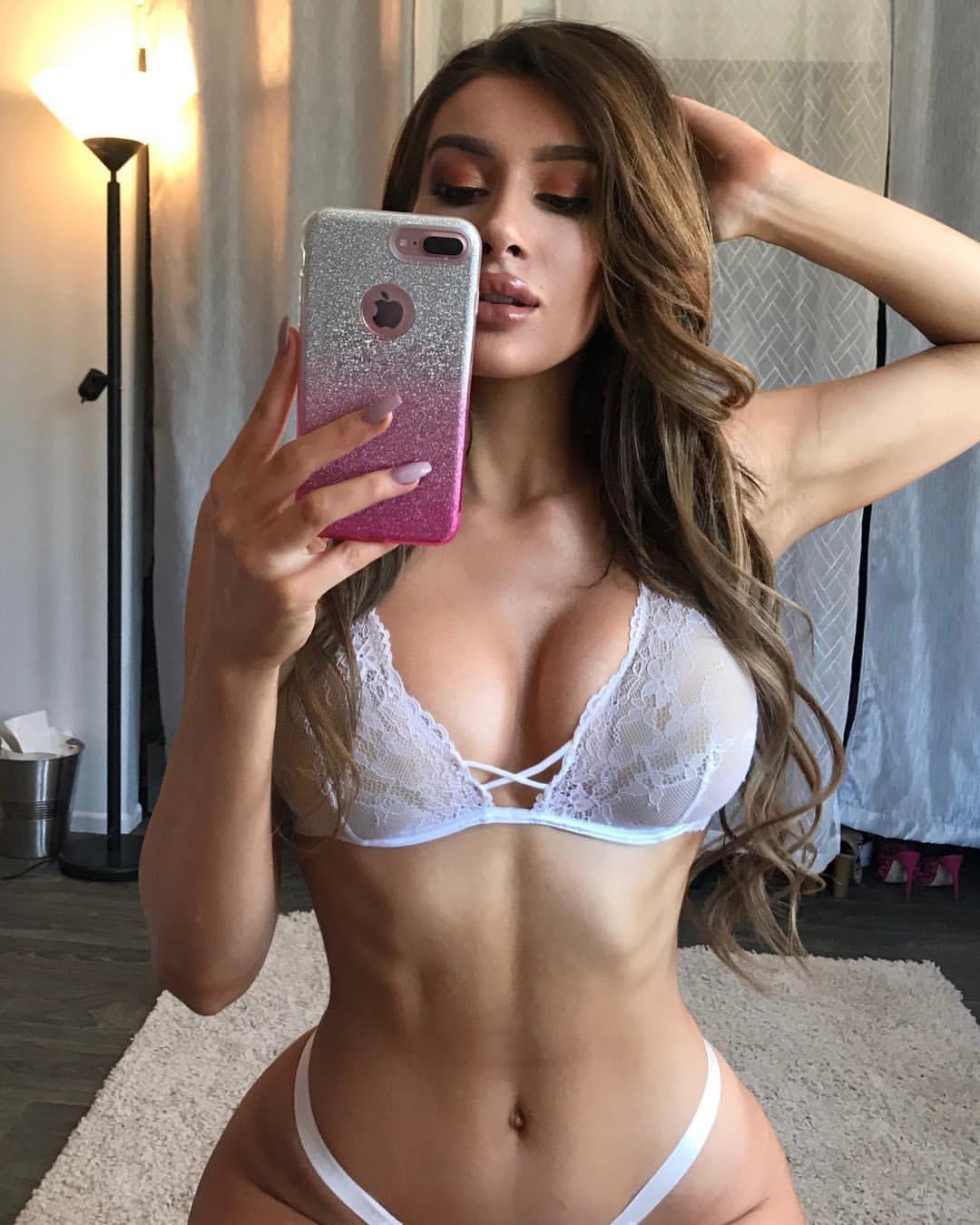 Photos Molly Eskam nudes (12 foto and video), Ass, Sideboobs, Selfie, in bikini 2018