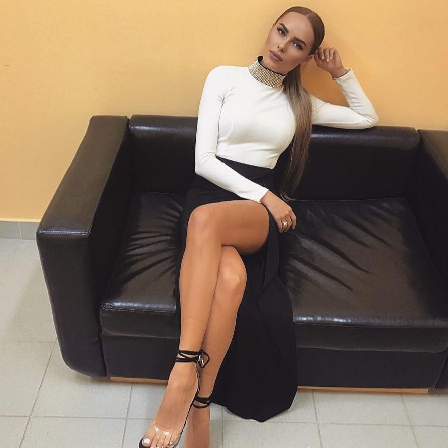 cameltoe Feet Hanna Ivanova naked photo 2017