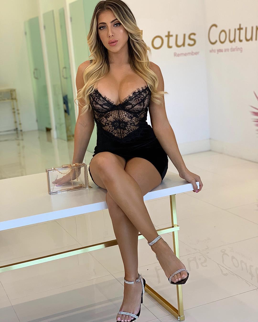 Feet Valeria Orsini nudes (81 foto and video), Ass, Cleavage, Selfie, in bikini 2017