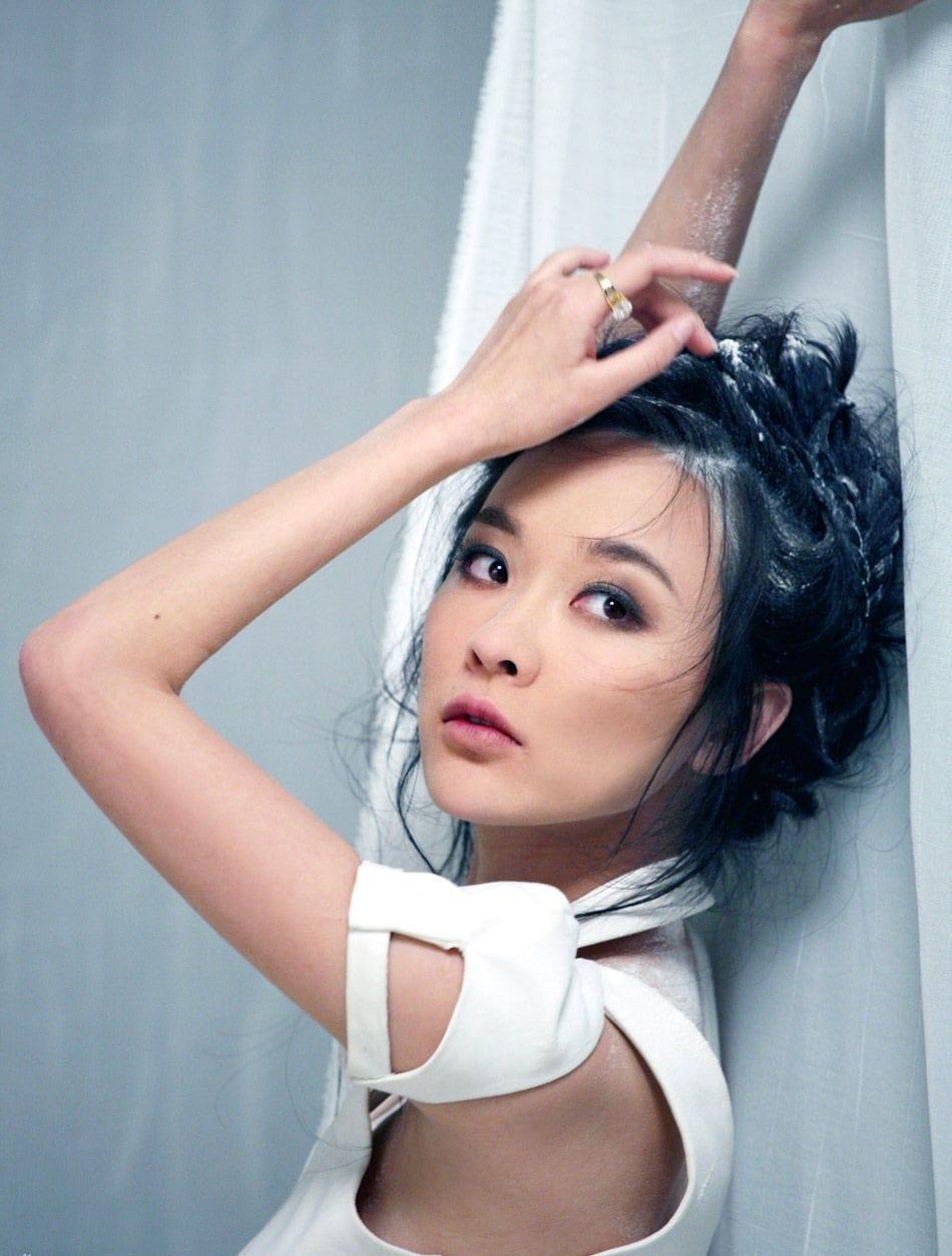 Siyan Huo Nude Photos 35