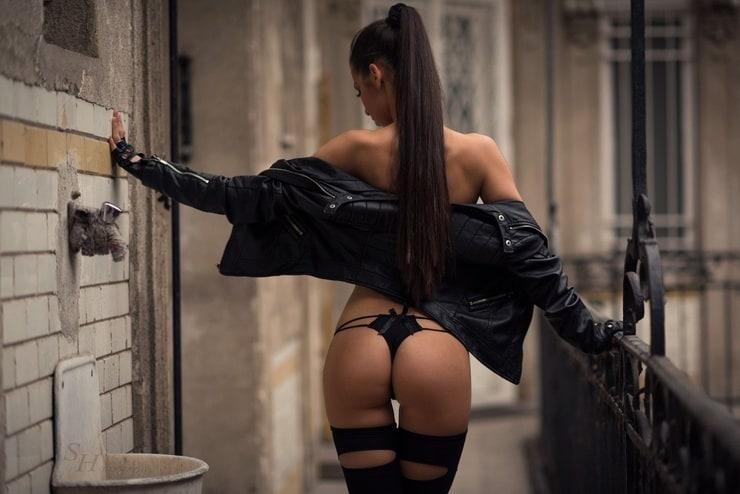 Long Hair Brunette Ass Wall Black Mout Pornvibe 1