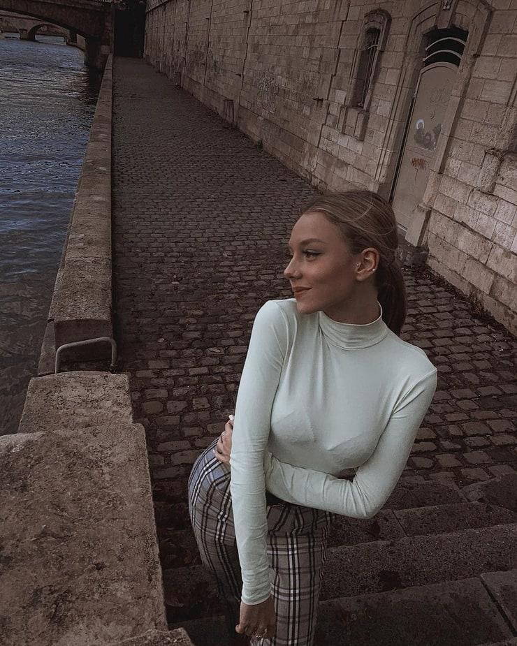 Ester Expósito