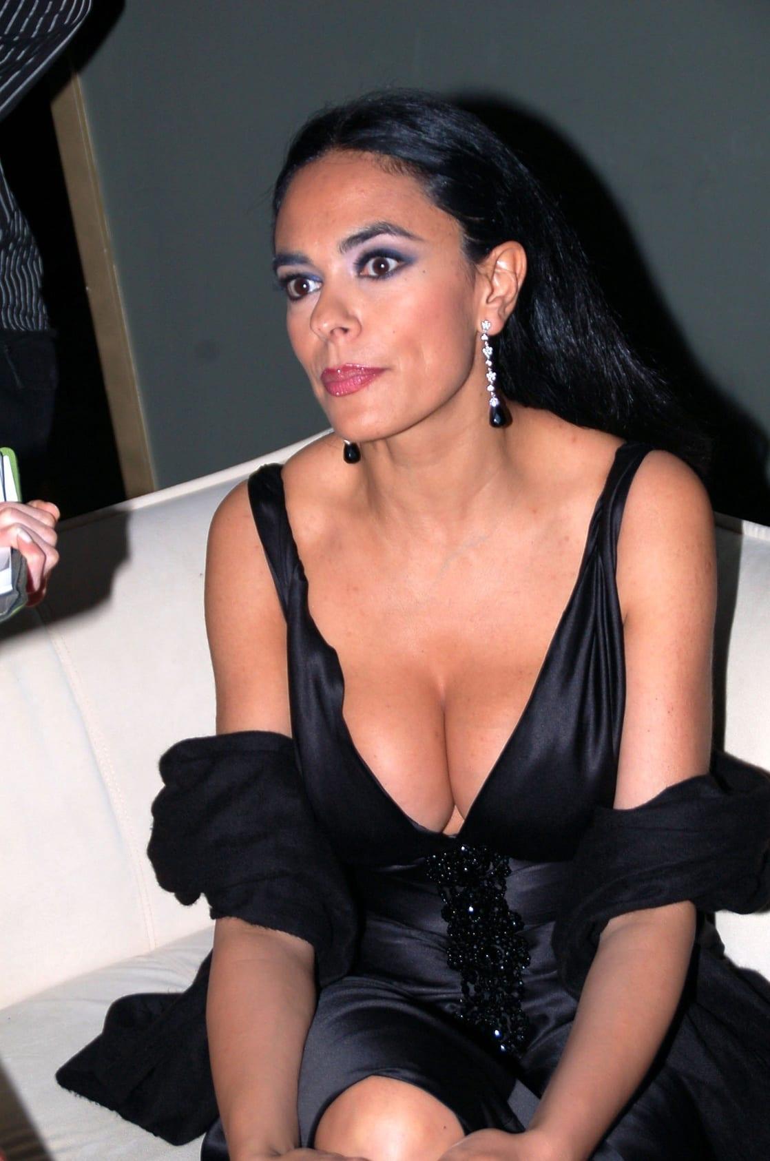 Picture Of Maria Grazia Cucinotta
