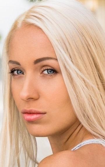 Angelika Seleznova - YouTube