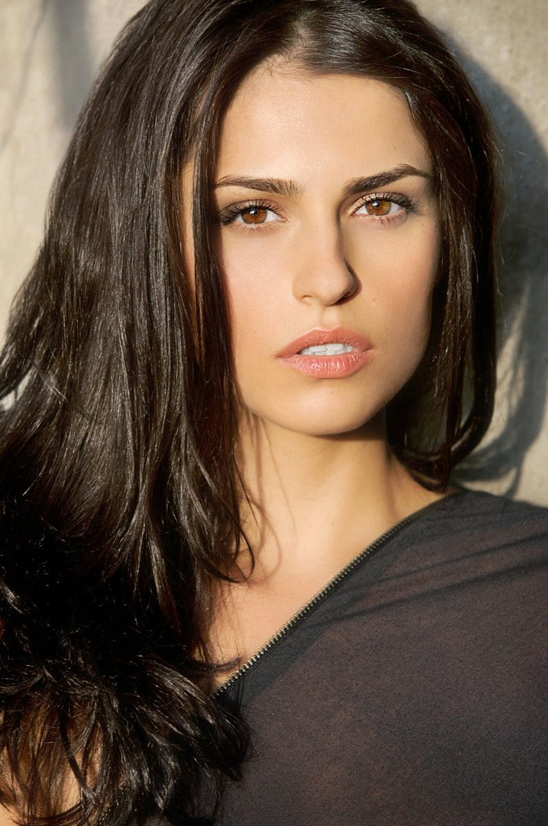 Watch Raquel Alessi video