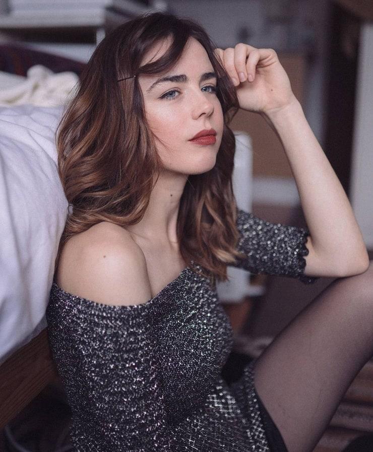 Picture of Danielle Sharp